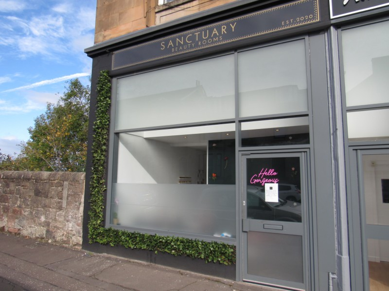 Excitement as New Beauticians Opens in West End of Greenock